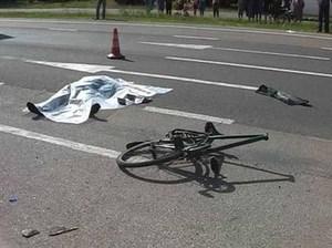 Велосипедистка не убедилась в безопасности своего манёвра 2525746